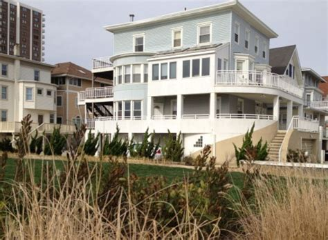 house rentals in atlantic city nj on boardwalk everything walkable atlantic city views 2 br vacation house for