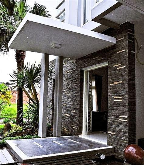 Berlian Eropa Motif Tingkat Cantik ide model teras rumah minimalis modern yang terbaru