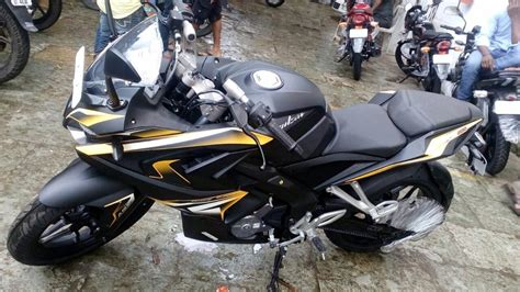 Rear Fender Pulsar 200ns Model Pulsar 200 Ss bajaj pulsar rs200 with custom exterior finish package