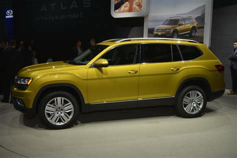 Vw S New Atlas 7 Seat Crossover Was Designed For Mericans