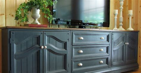 chalk paint kitchen cabinets reviews chalk painting kitchen cabinets