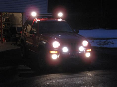 off road fog lights jeep liberty off road fog lights 7 300x225 picture to pin