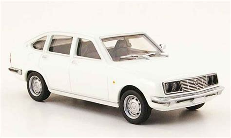 pego car lancia beta berline white pego diecast model car 1 43