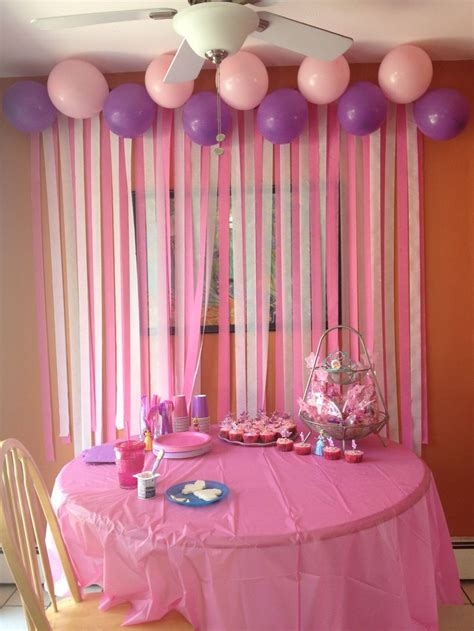 Birthday Wall Decorations by Diy Birthday Decorations The Streamers On The