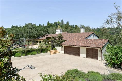 stephen curry s hacienda hits the market for 3 895