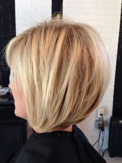dimensional hair cuts pics dimensional blonde bright blonde stacked bob razored