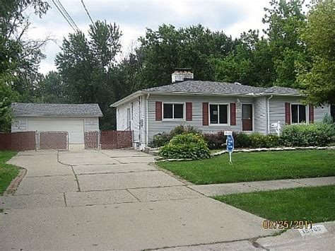 houses for sale in harper woods mi 19060 huntington harper woods mi 48225 reo home details reo properties and bank