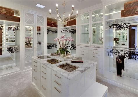 Luxurious Closet luxury walk in closets