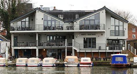 the boatyard surbiton 9 best great restaurants images on pinterest great