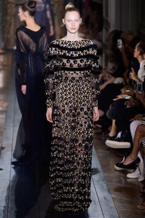 Kevan 07 Fall Collection by Valentino Haute Couture Fall 2012 Collection 44