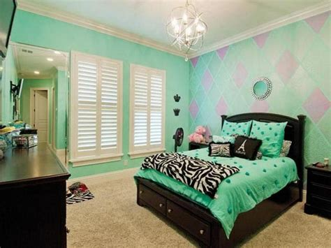 green themed bedroom creative master bedroom aqua color paint with green tone