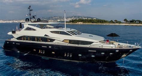 catamaran emoji luxury yacht emoji built by sunseeker yacht charter