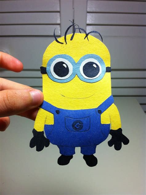 How To Make A Minion Out Of Construction Paper - minion by evolmonkey on deviantart