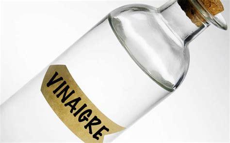 Nettoyer Carrelage Vinaigre Blanc 4739 by 9 Astuces Pour Nettoyer Le Carrelage De Salle De Bain