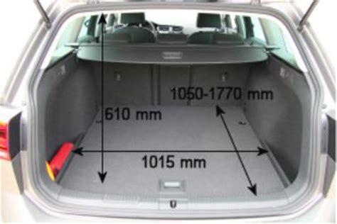 Golf Variant Kofferraumvolumen by Adac Auto Test Vw Golf Variant 2 0 Tdi Bmt Highline