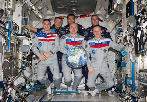russian in space russian astronauts in iss page 5 pics about space