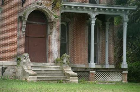 haunted houses in wichita ks find real haunted houses in kansas city kansas sauer s castle in kansas city kansas