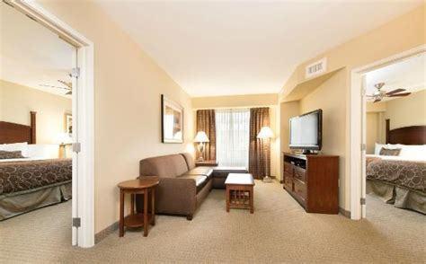 2 bedroom hotels in charleston sc two queen suite picture of staybridge suites north