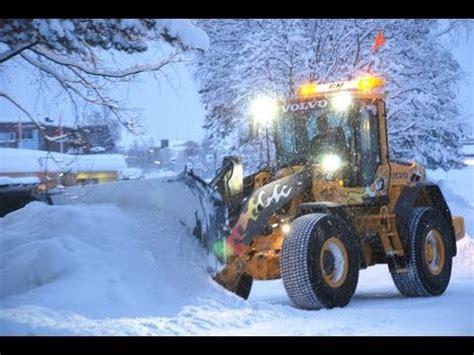 norwegian snowblower 1  Øveraasen utv 300 in use.valldal