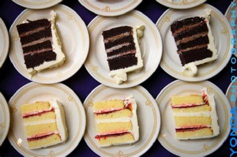 how to successfully taste wedding cakes