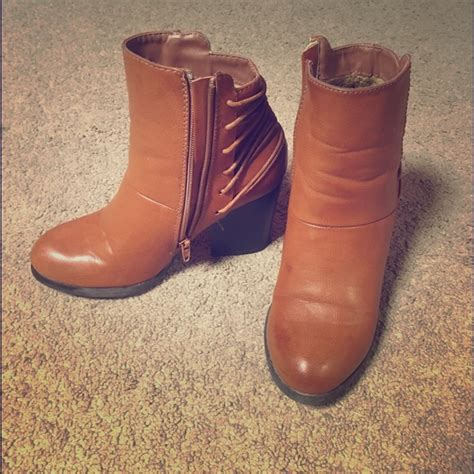 payless brown boots 63 payless shoes rogue boots brown s size 7