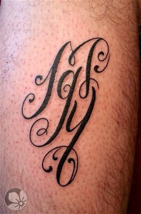 tattoo font for initials 43 best script tattoo fonts images on pinterest tattoo