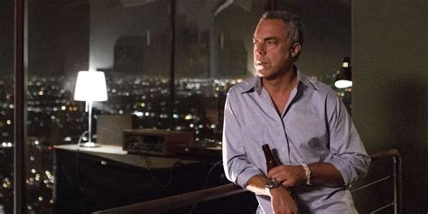 titus welliver as harry bosch titus welliver bosch interview ferguson police and the