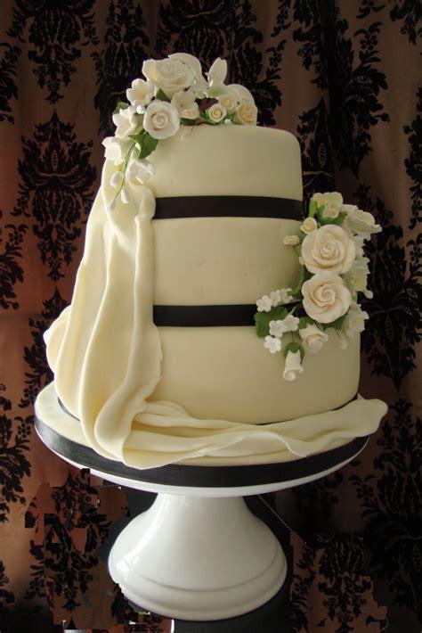 wedding cake kent uk wedding cakes kent wedding cake maker