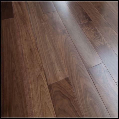 solid walnut flooring,walnut flooring,walnut wood flooring