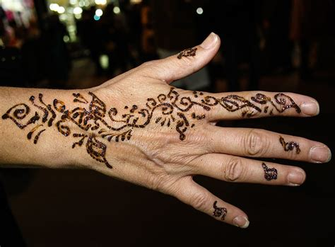henna tattoo artist hull professional henna artists for hire in epic