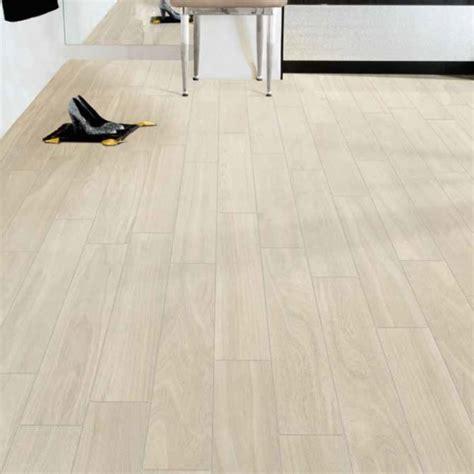 pavimenti in finto legno pavimento finto legno vintage ispirazione design casa