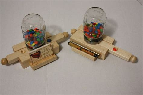 wooden pencil holder plans 84 best images about candy dispensers on pinterest