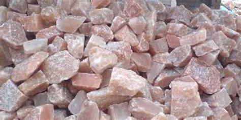 large salt rock l himalayan rock salt big lumps products pakistan himalayan