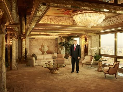 trumps gold room psbattle donald trump in his living room photoshopbattles
