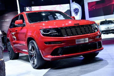 red jeep cherokee jeep grand cherokee srt red vapor features noise