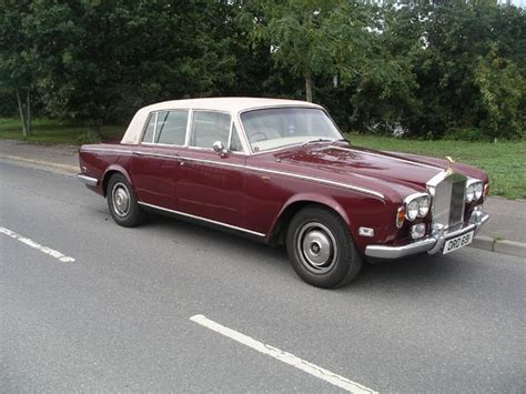 roll royce maroon 1975 rolls royce shadow 1 being auctioned at barons auctions