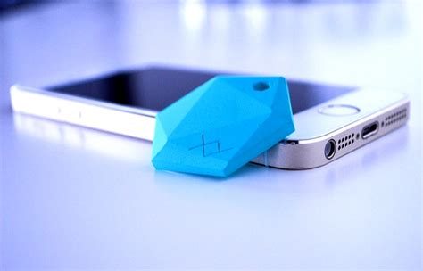 Bluetooth Tag Tile Xy Bluetooth Le Secure Tracking Tag Unveiled By Xy Findit