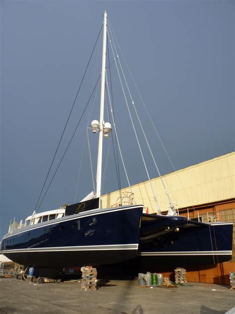 catamaran q5 100ft luxury catamaran yacht q5 by yachting developments