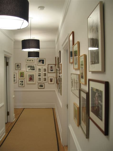 ideas on hanging pictures in hallway three great wall decor ideas for hallways