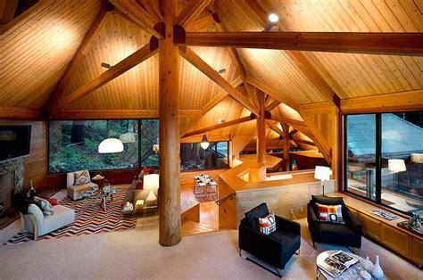 living   swanky treehouse
