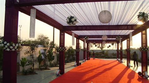 Om Flower Decorations, Wedding Decorator in Naroda