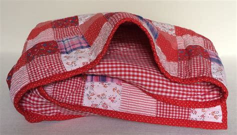 How To Make A Patchwork Quilt Uk - how to make a patchwork quilt ziggy squares