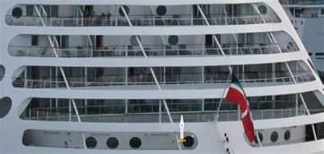 Norwegian Breakaway Floor Plan voyager aft junior suite cabin 6694 why is it obsructed