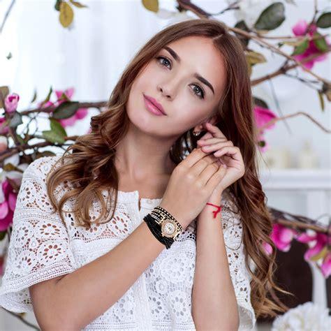 Jan Tangan Wanita jam tangan wanita model gelang rhinestone dy001 white