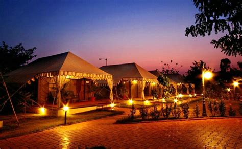 top   resorts  bangalore fever pitch holidays