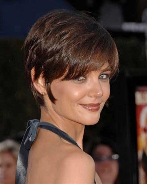 Cute Bob Haircuts for Round Faces – 25 Cute Easy Hairstyles for Medium Length Hair   on Haircuts