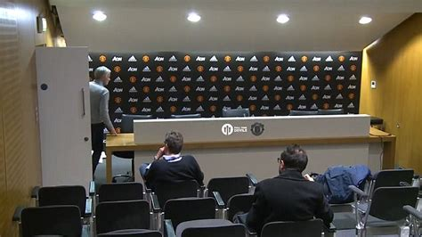 the press room utd jose mourinho s 10 second press conference daily mail