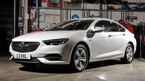 opel insignia 2017 white vauxhall insignia grand sport 2017 review by car magazine