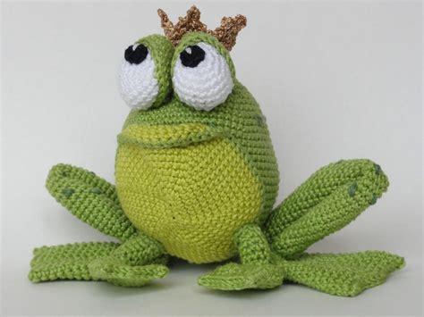 amigurumi pattern frog henri le frog amigurumi crochet by ildikko craftsy