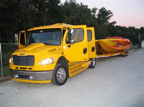 Wheels Truk Hauler Kuning custom freightliner hauler suv luxury